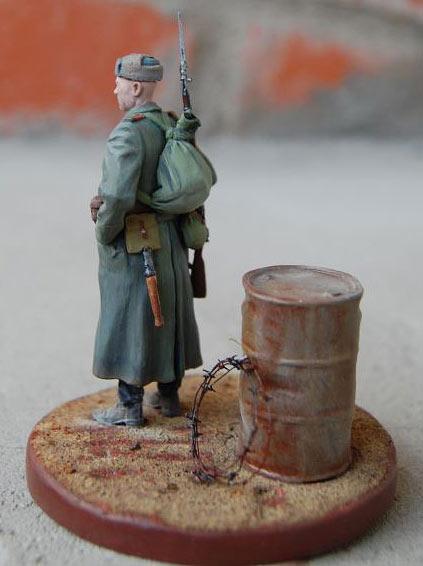 Figures: The Sentry, photo #3