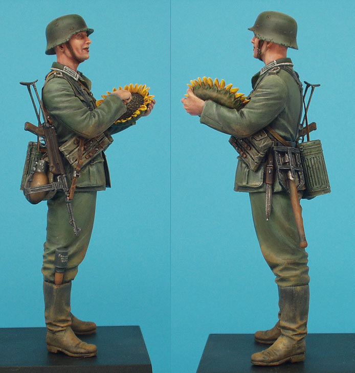 Figures: German soldier with sunflower, photo #6