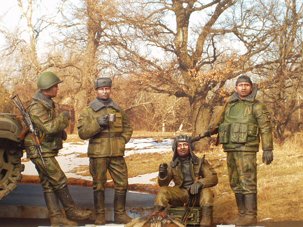 Figures: Modern Russian soldiers at rest, Chechnya