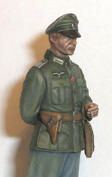 Figures: German officer, photo #6