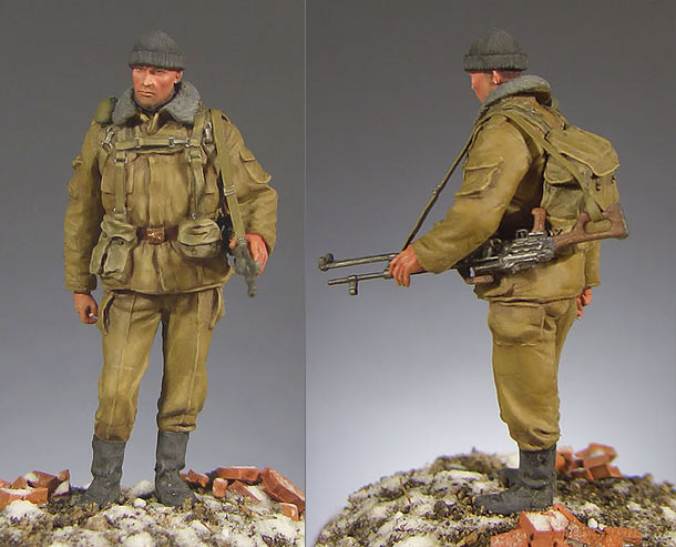 Figures: Modern Russian army machine gunner