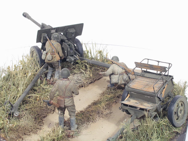 Dioramas and Vignettes: Enemy tanks in sight!..