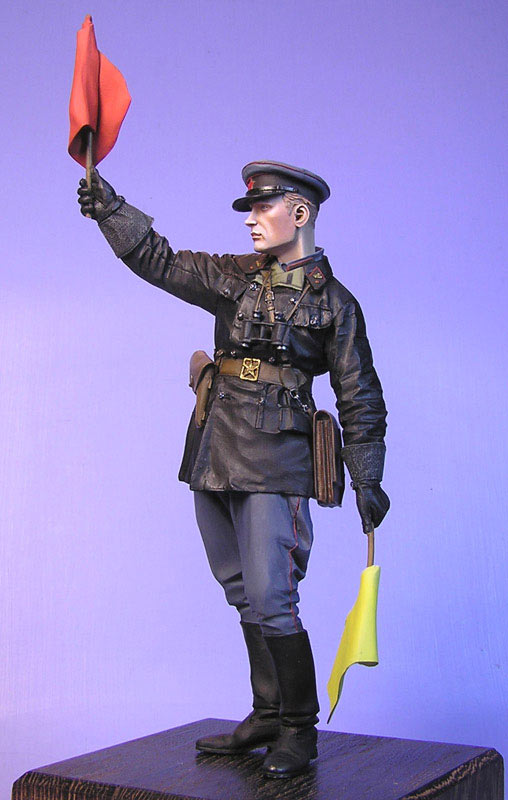 Figures: Junior lieutenant, Red Army armored troops, 1941, photo #1