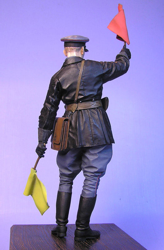 Figures: Junior lieutenant, Red Army armored troops, 1941, photo #2