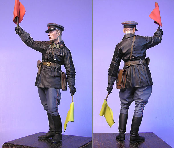 Figures: Junior lieutenant, Red Army armored troops, 1941