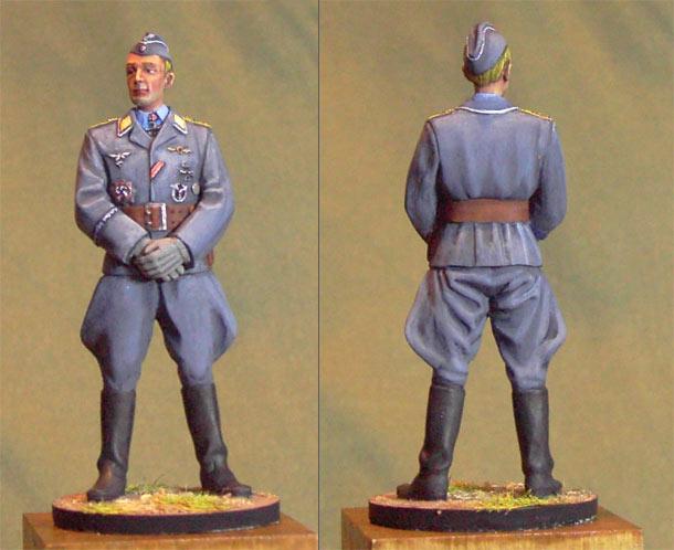 Figures: Luftwaffe hauptmann, 1944