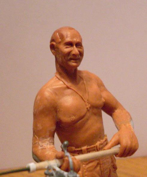 Sculpture: Vladimir Putin at fishing, photo #3