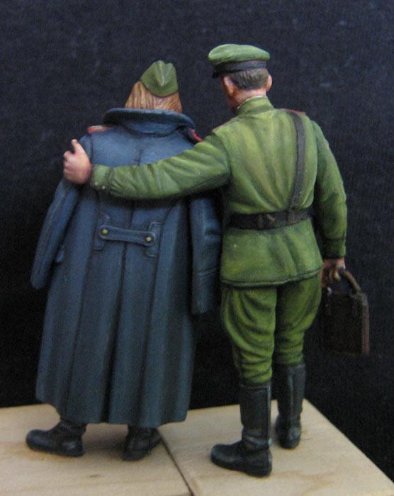 Figures: May 1945, photo #2
