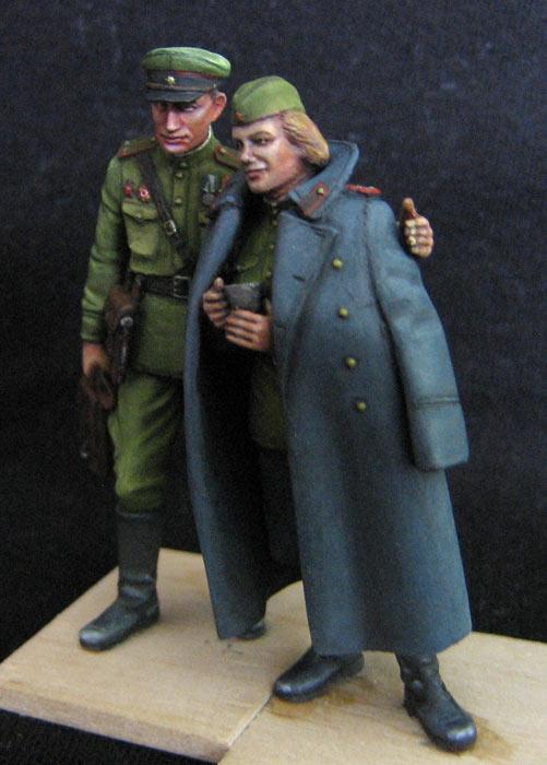 Figures: May 1945, photo #3