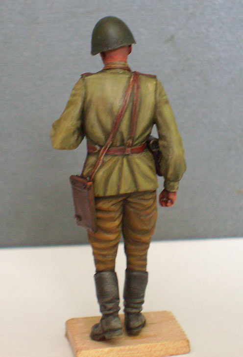 Figures: Red Army officer, summer 1943, photo #4
