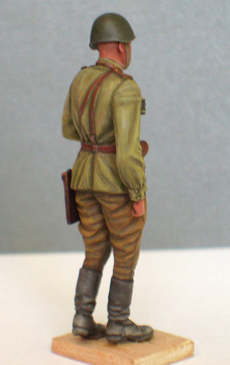Figures: Red Army officer, summer 1943, photo #5