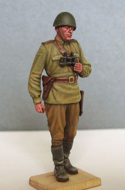Figures: Red Army officer, summer 1943, photo #7