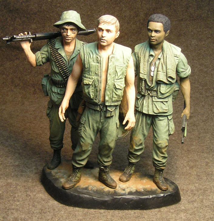 Figures: Vietnam memorial comes alive, photo #2