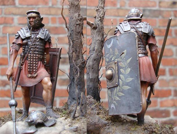 Figures: Roman legionary, I century A.D.