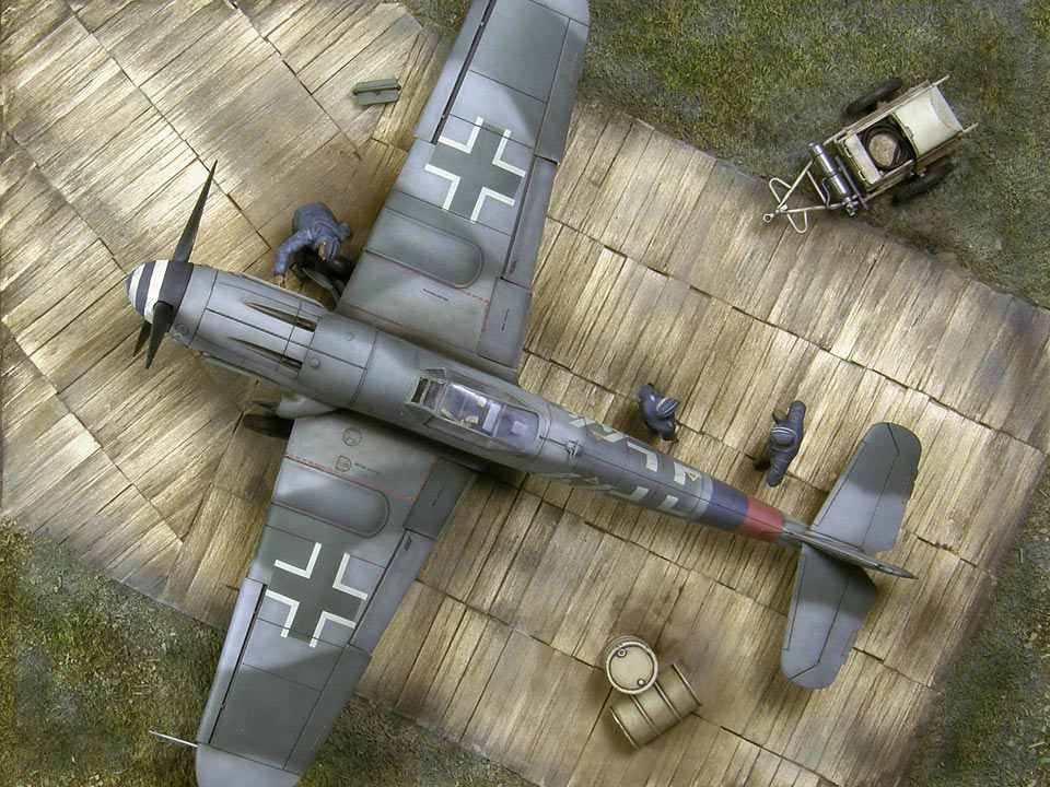 Dioramas and Vignettes: Bf.109G-10, or