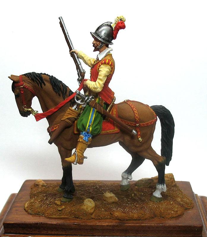 Figures: Mounted harquebusier, early XVII century, photo #1