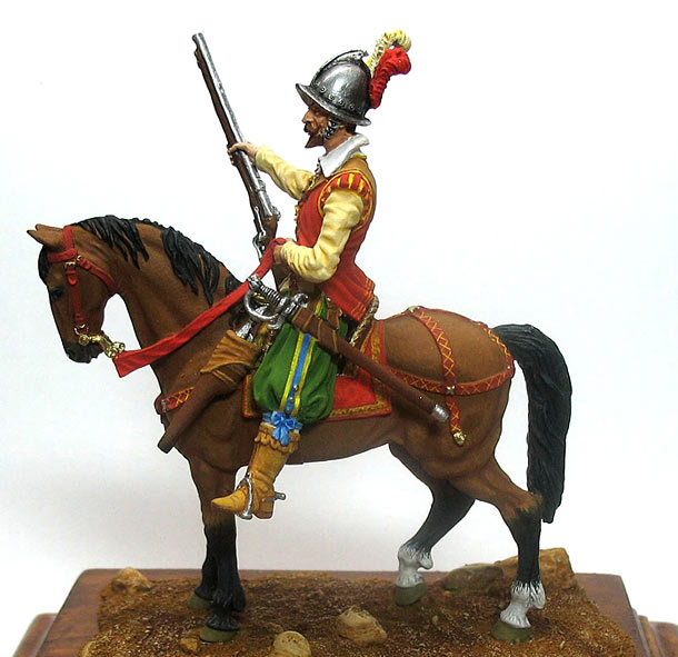 Figures: Mounted harquebusier, early XVII century