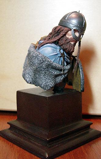 Figures: Hirdman, photo #4
