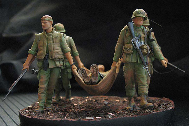 Dioramas and Vignettes: Coming back from the combat