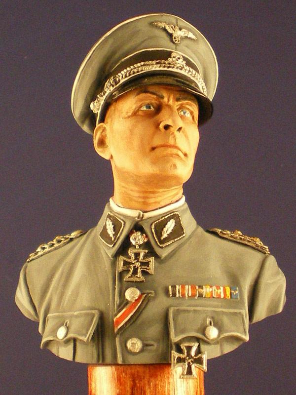 Figures: German officer, photo #2
