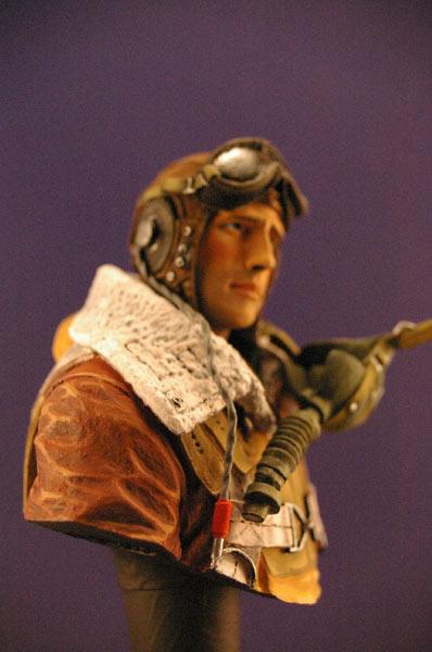 Figures: Tank creaman and pilot, photo #13