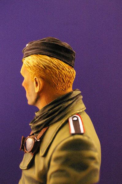 Figures: Tank creaman and pilot, photo #3