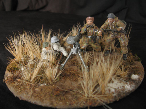 Dioramas and Vignettes: Enemy in sight!