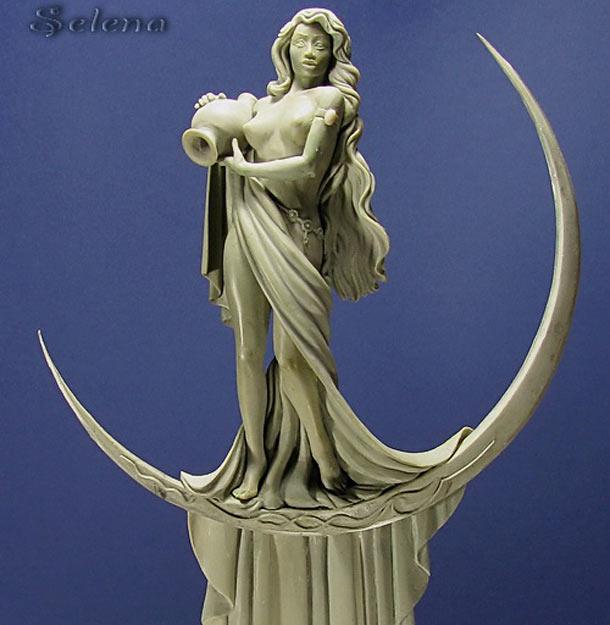 Sculpture: Selena