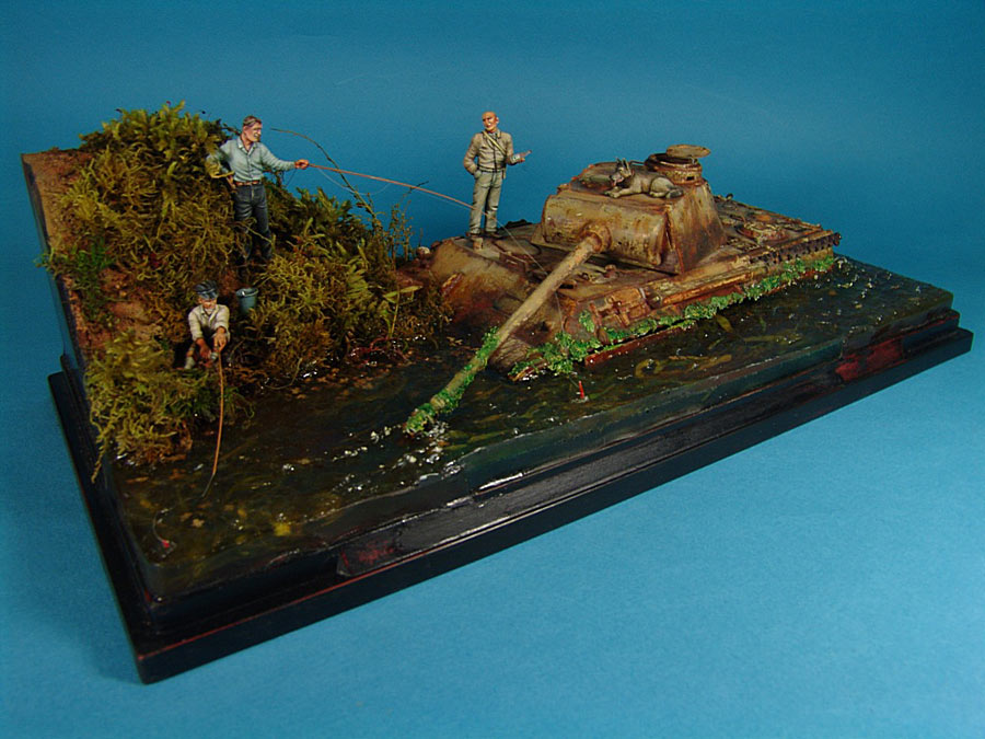 Dioramas and Vignettes: Fishy river, photo #1