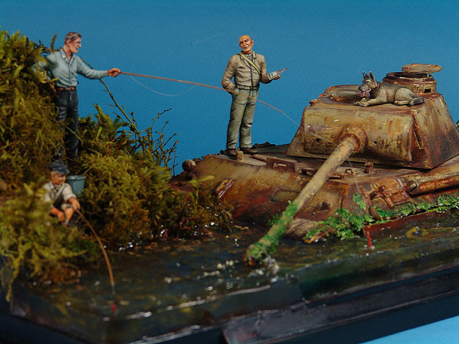 Dioramas and Vignettes: Fishy river, photo #2