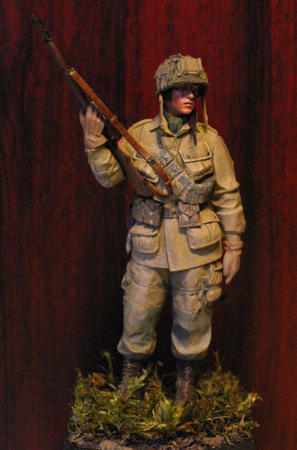 Figures: Paratrooper, 82nd Airborne div., photo #1