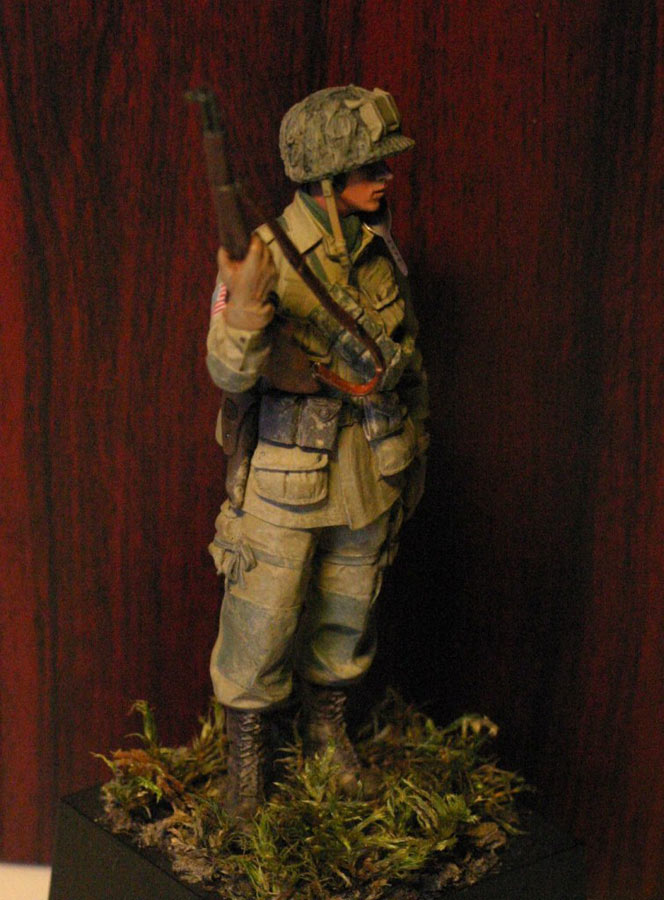 Figures: Paratrooper, 82nd Airborne div., photo #6