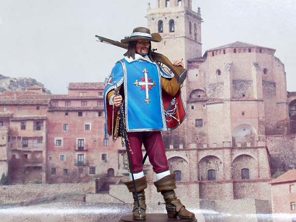 Figures: King's Musketeer