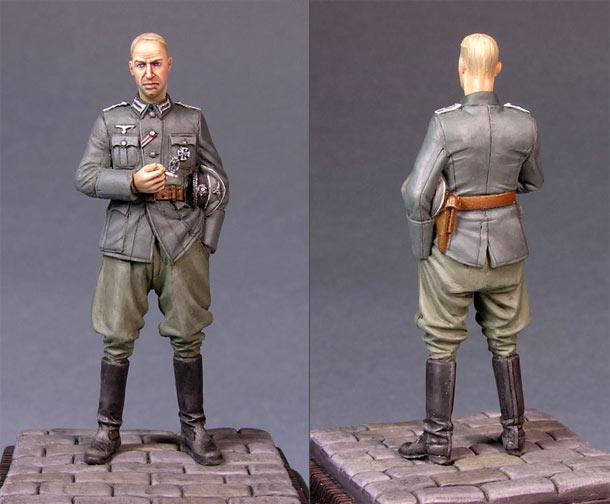Figures: German officer