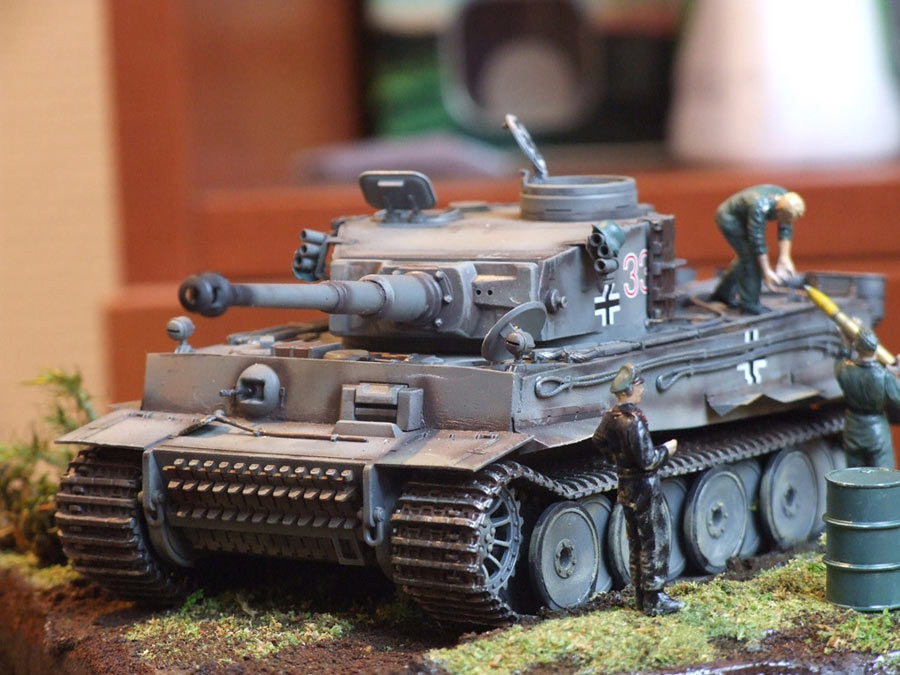 Dioramas and Vignettes: Loading ammo , photo #5