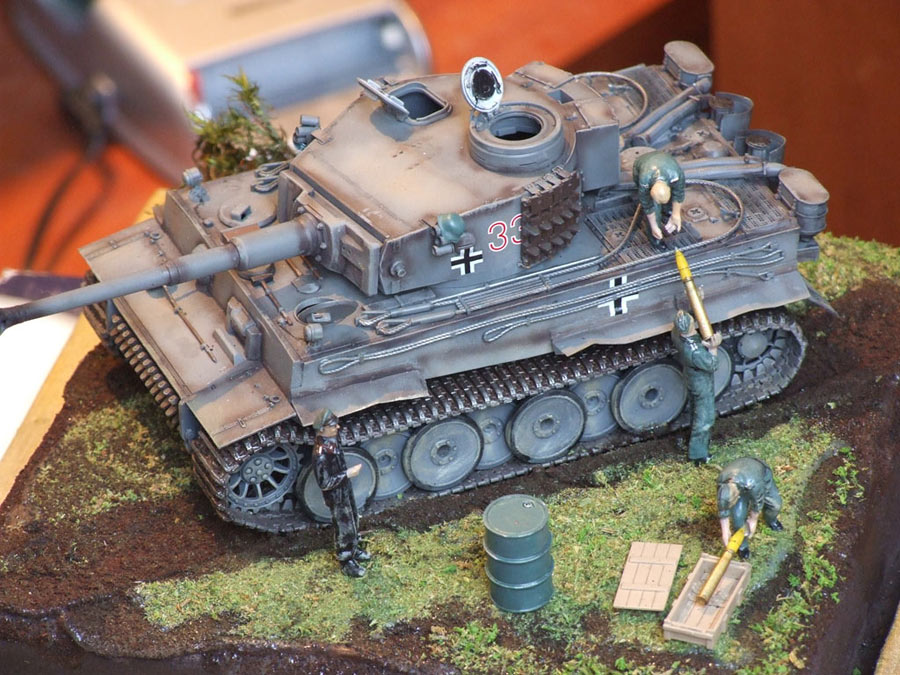 Dioramas and Vignettes: Loading ammo , photo #6