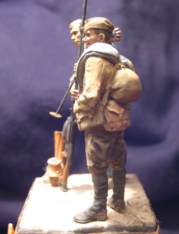 Training Grounds: Two soldiers, photo #2