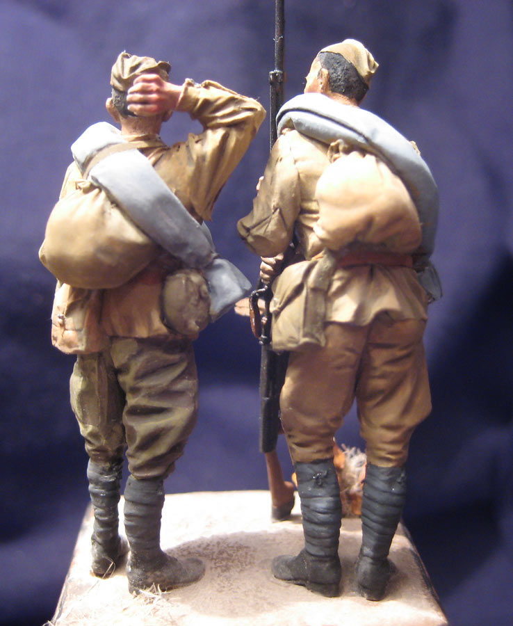 Training Grounds: Two soldiers, photo #3