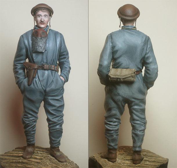 Figures: German tank crewman, 1918