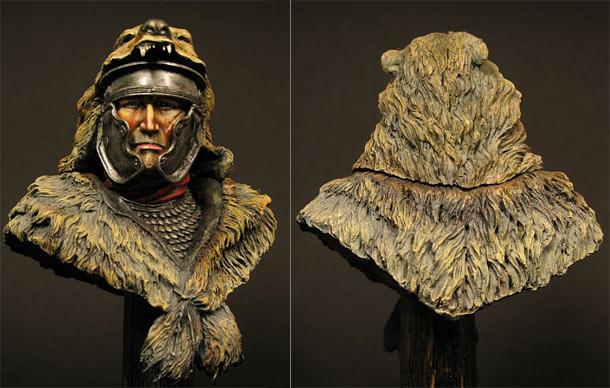Figures: Roman warrior