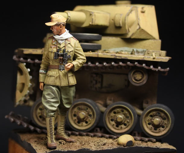 Dioramas and Vignettes: German officer, DAK