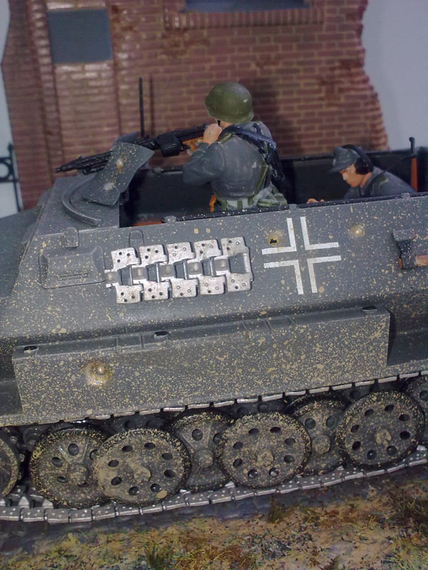 Training Grounds: Germans in town, photo #14