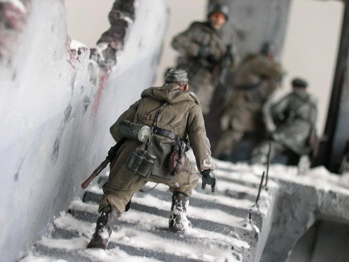 Dioramas and Vignettes: Coming Back to Kharkov, photo #1