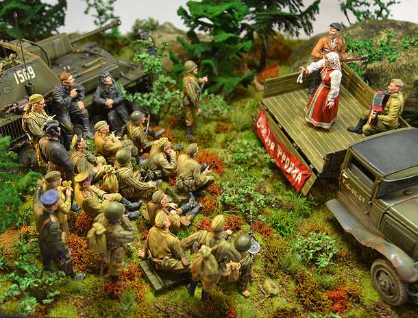 Dioramas and Vignettes: All for front, all for victory! Part 1