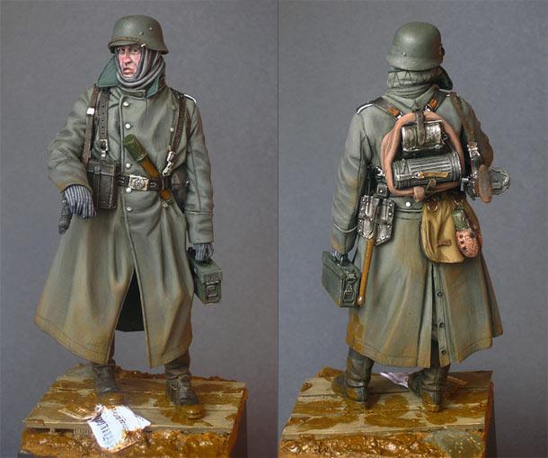 Figures: Machine gunner, Waffen SS
