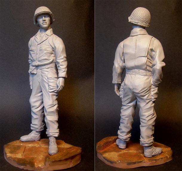 Sculpture: U.S. tank crewman, WWII