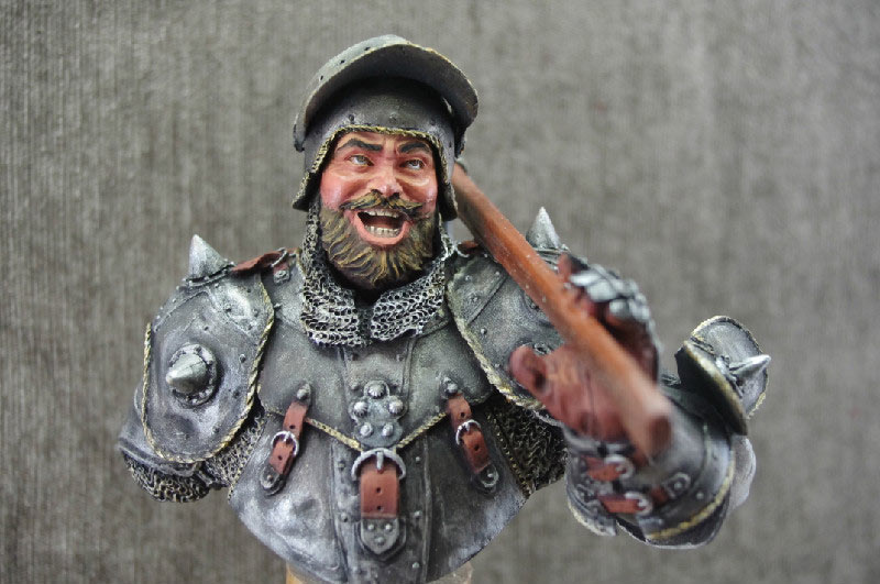Figures: Merry fellow with an axe, photo #1
