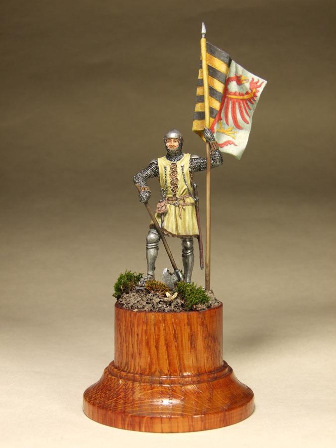 Figures: Saxon standard bearer, mid XIV century, photo #1