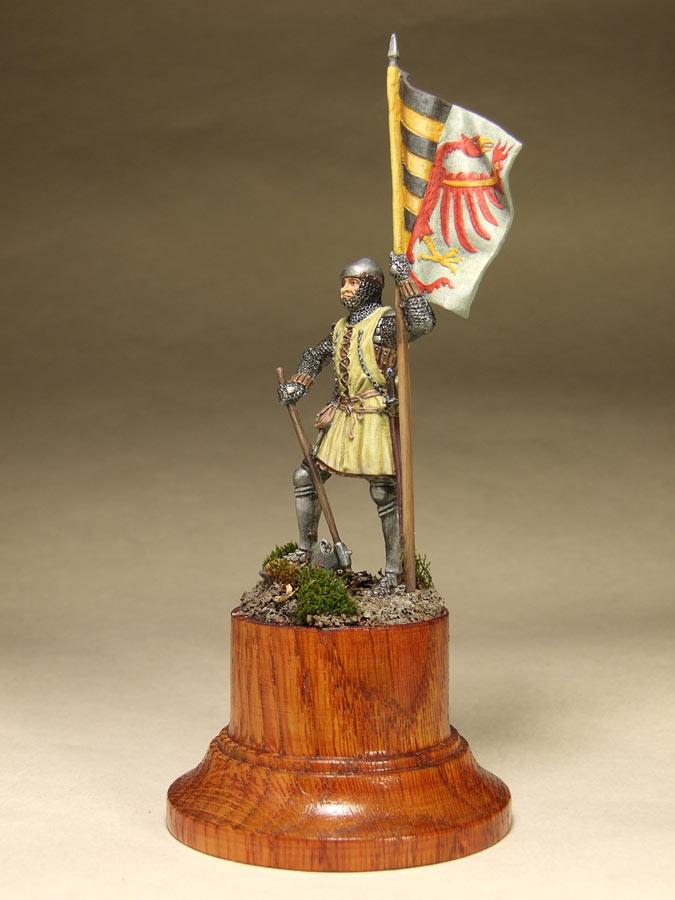 Figures: Saxon standard bearer, mid XIV century, photo #8