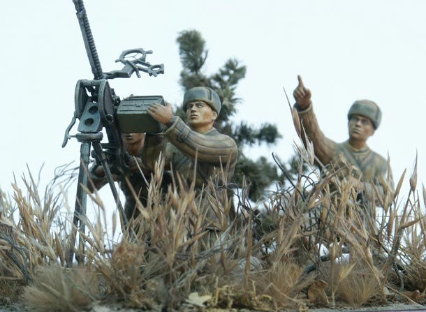Dioramas and Vignettes: Chinese PLA Machine Gunners
